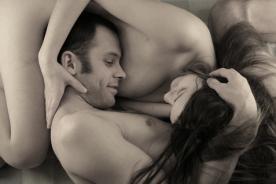 Relaciones sexuales: Masturbación estimula nuevas zonas erógenas