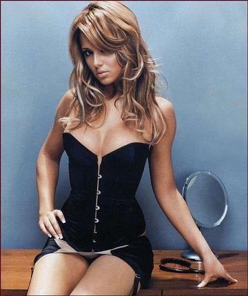 Cheryl Cole le gana a Kristen Stewart como la mujer más sexy del mundo