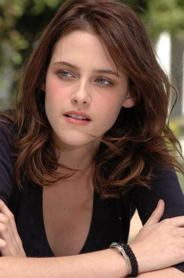 Ed Westwick sobre Kristen Stewart: Me parece una chica asombrosa