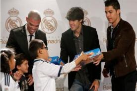 Real Madrid: Cristiano Ronaldo, Pepe y Kaká adelantan la Navidad a niños