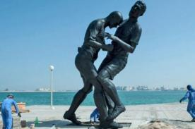 Crean estatua del cabezazo de Zidane a Materazzi en Doha