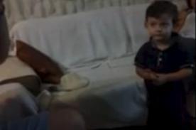 ¡Increíble! Niño de dos años se sabe todas las capitales del mundo- VIDEO