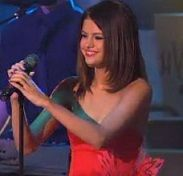 Selena Gomez cautivó con presentación en Bailando con la Estrellas