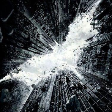 The Dark Knight Rises revela primer póster oficial