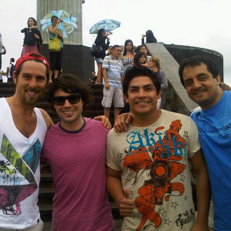Al fondo hay sitio: Bruno Pinasco grabó escenas con el elenco en Brasil