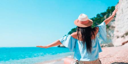 Empresa da vacaciones extras a mujeres solteras para que busquen novio