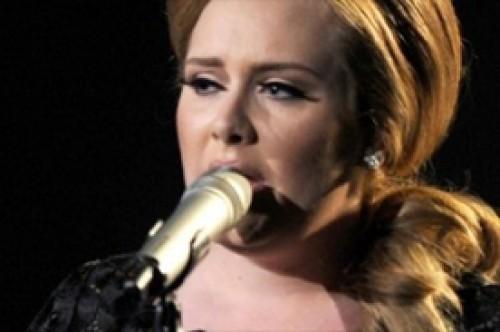 Leona Lewis niega que vaya a cantar con Adele en las Olimpiadas