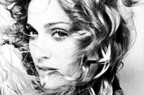 Madonna es demandada por apoyar los derechos de los gays en Rusia