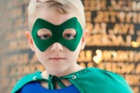 Niña de 9 años escribe libro para salvar a su hermano - VIDEO