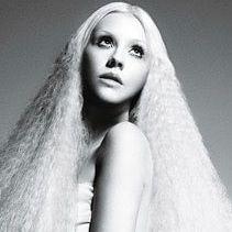 Christina Aguilera cuenta que nuevo disco será muy profundo
