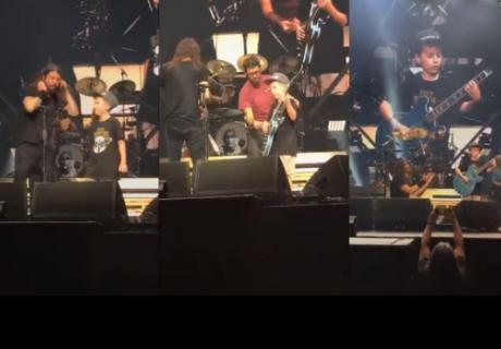 Niño sube al escenario junto a 'Foo Gighters' y toca canción de 'Metallica'
