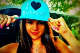 Selena Gomez se ríe de sus 'haters'