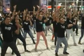 Flashmob sorprendió a los visitantes del Jockey Plaza
