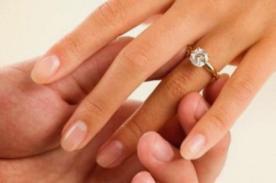 Físico le pide matrimonio a su novia mediante un estudio científico
