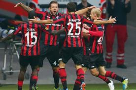 Europa League: Eintracht Frankfurt goleó 3-0 al APOEL con Zambrano de titular