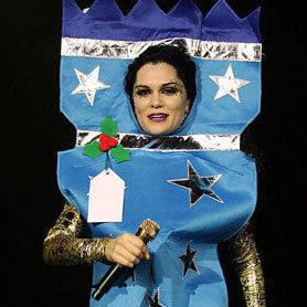 Jessie J: Mira los extraños atuendos que vistió en una presentación en Londres