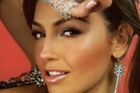 Thalía se ríe de rumores sobre operación de costillas