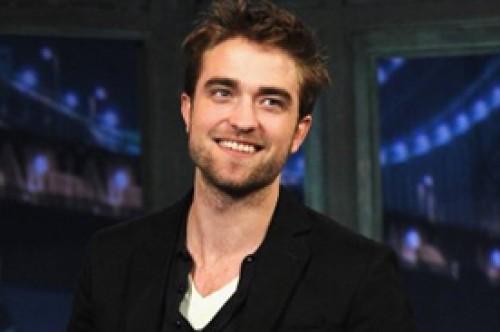 Robert Pattinson no se siente fornido ni rudo para hacer filmes de acción