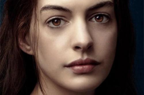 Anne Hathaway y Hugh Jackman en pósters oficiales de Los Miserables