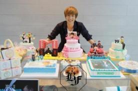 Boyfriend: Minwoo agradece a fans por regalos de cumpleaños - Fotos