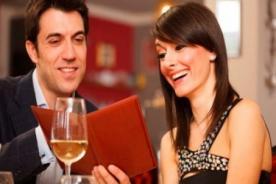 Entérate - Hombres prefieren a mujeres que ayudan a pagar la cuenta