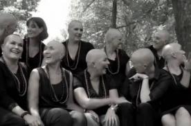 Se cortan el pelo para solidarizarse con amiga con cáncer – VIDEO