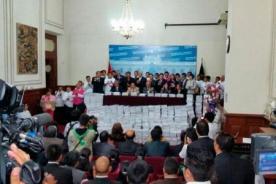 Unión Civil: Julio Rosas presentó un millón de firmas en contra de proyecto [Video]