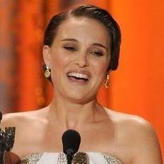 Natalie Portman gana título de Mejor Actriz en los premios SAG