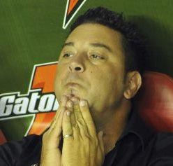 Fútbol argentino: Antonio Mohamed renunció como técnico de Independiente