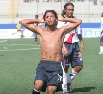 Reimond Manco sorprendido con la calidad de Pablo Bengoechea