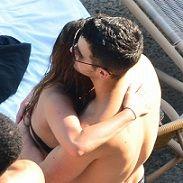 Dulce María sobre abrazo a Joe Jonas: No crean todo lo que ven