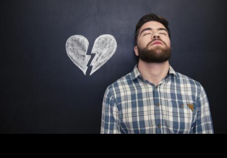 4 cosas que hace un hombre para superar una ruptura amorosa