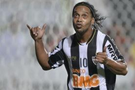 Copa Libertadores 2013: Mira el golazo de Ronaldinho contra Arsenal- Video