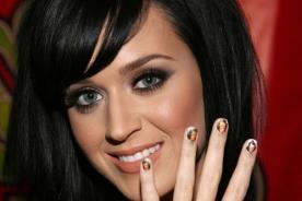 Katy Perry hace muchos cambios de looks en sesión de fotos