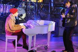 Justin Bieber cantó 'Let It Be' junto a Carlos Santana para recibir 2012 (video)