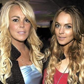 Madre de Lindsay Lohan viajará a California para pasar Navidad con la actriz