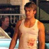 Zac Efron en ropa interior y manchado de sangre filmando The Paperboy