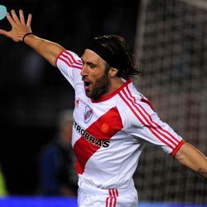 Fútbol argentino: River Plate vence 1 – 0 a Racing y es líder del torneo clausura