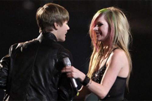 Justin Bieber y Avril Lavigne se enfrentarán en los Juno Awards