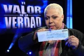 El Valor de la Verdad: Lucía de la Cruz recibe cheque de 25 mil soles