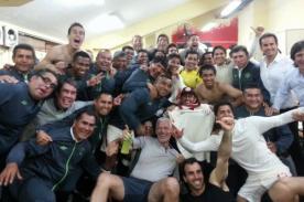 Universitario celebró su triunfo sobre Inti Gas con una magnífica foto