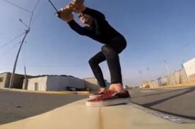 Steve-O en Perú: Ex Jackass surfeó arrastrado por una mototaxi - VIDEO