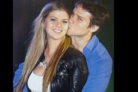 Miguel Arce y Brunella Horna dicen ser amigos, pero se besan en público [Fotos]