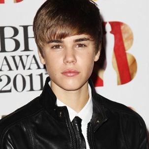 Justin Bieber admite haber besado a Cheryl Cole y Rihanna durante los BRIT Awards