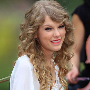 Taylor Swift desea felicidad y amor a sus fans esta Navidad