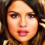 Selena Gomez deslumbra en nuevas fotografìas de álbum When The Sun Goes Down