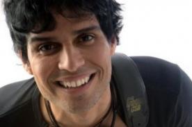 Pedro Suárez Vértiz felicitó a los peruanos nominados al Grammy Latino 2012