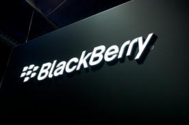 ¿Blackberry evalúa dejar de fabricar dispositivos móviles?