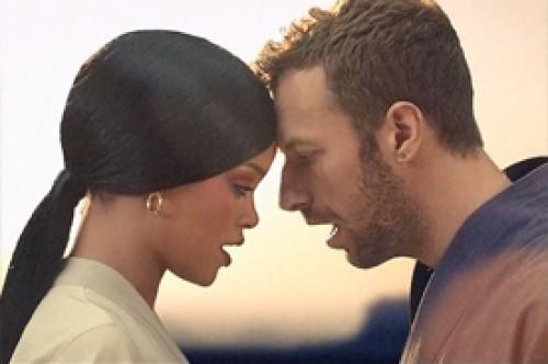 Coldplay y Rihanna lanzan versión acústica de 'Princess of China'