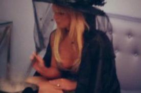 Britney Spears realiza conjuros contra Simon Cowell en Halloween